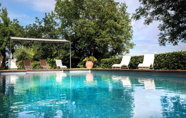 kurztrip-rosignano-monferrato-pool