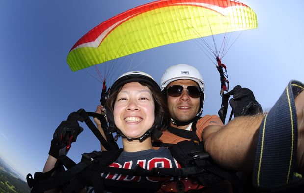 gleitschirm-tandemflug-koessen-adrenalin