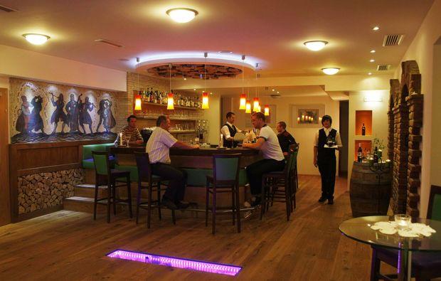romantikwochenende-ramsau-dachstein-bar