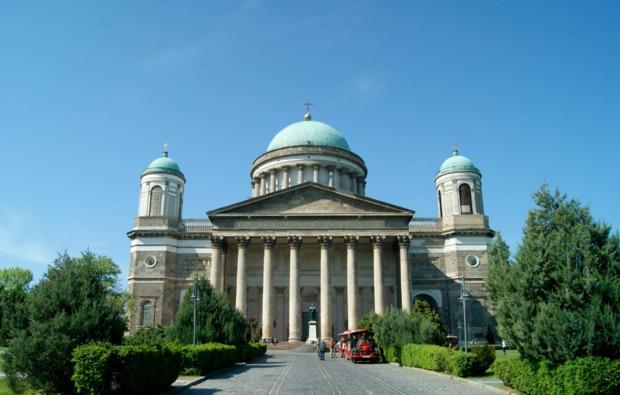 mini-kreuzfahrt-fuer-zwei-wien-budapest-esztergom-dom