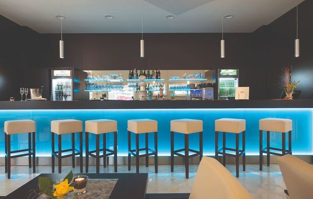 romantikwochenende-neualbenreuth-bar