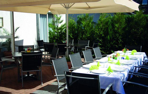 kurzurlaub-schoeneberg-restaurant