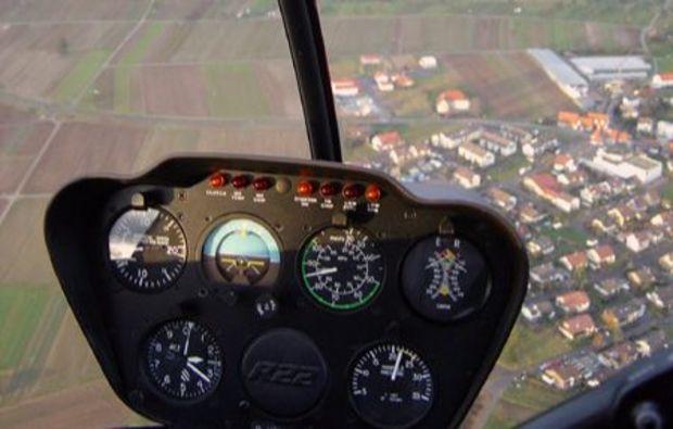 hubschrauber-rundflug-stuttgart-burgen-rundflug-fliegen