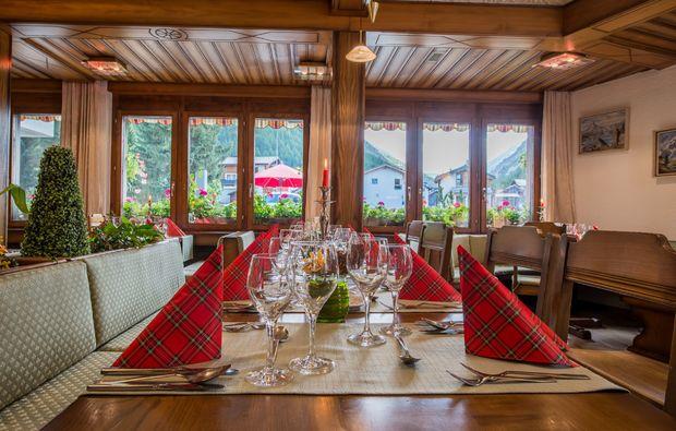 romantikwochenende-saas-almagell-restaurant