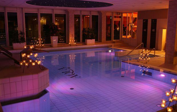 kurzurlaub-rostock-schwimmbad