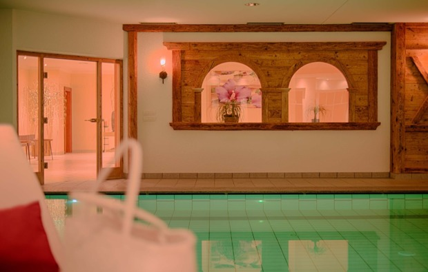 wellnesshotel-ahrntal-schwimmbad