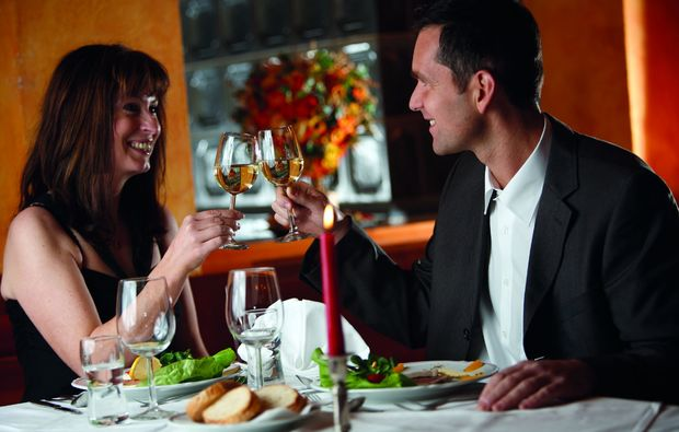 candle-light-dinner-fuer-zwei-hofkirchen-bei-kaindorf-romantisch