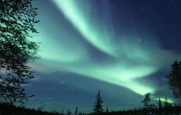 aussergewoehnlich-uebernachten-saariselkae-nordlichter