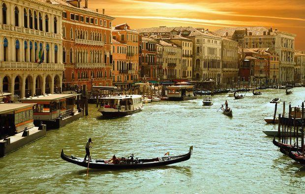 erlebnisreise-venedig-liebeszauber-kanal
