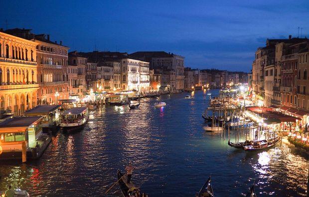 erlebnisreise-venedig-liebeszauber-nacht