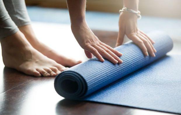 aktivurlaub-niederwangen-bei-bern-yoga
