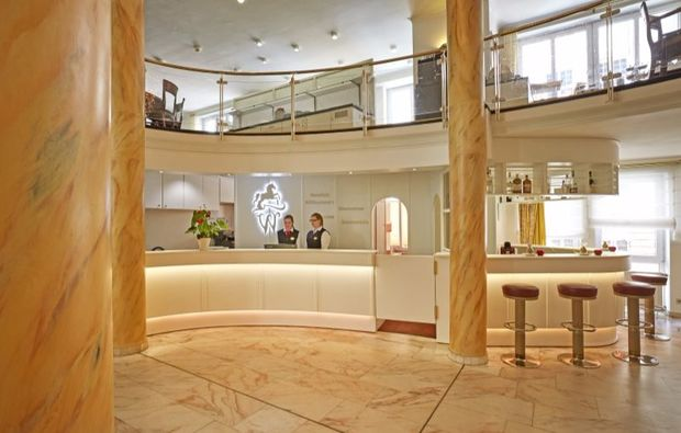 romantikwochenende-stade-widukind-lobby