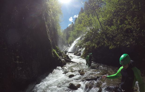 action-canyoning-und-rafting-package-haiming-fluss