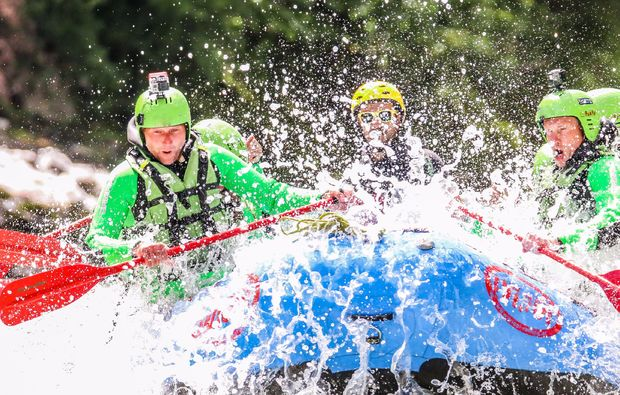 spass-in-gruppen-canyoning-und-rafting-package-haiming-mitfahren