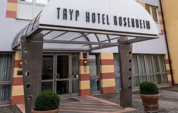 romantikwochenende-tryp-hotel-rosenheim