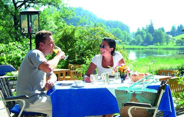 kuschelwochenende-goldegg-am-see-dinner