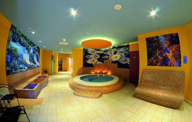 wellnesshotels-malatny-whirlpool
