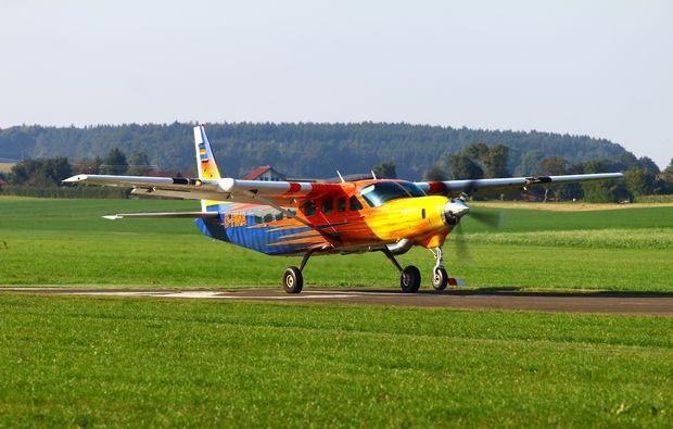 fallschirm-tandemsprung-bad-saulgau-flugzeug