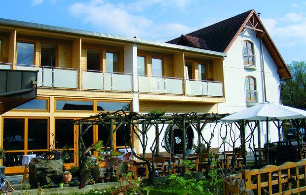 candle-light-dinner-fuer-zwei-tieschen-hotel