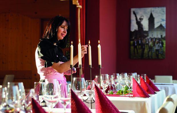 candle-light-dinner-fuer-zwei-tieschen-restaurant