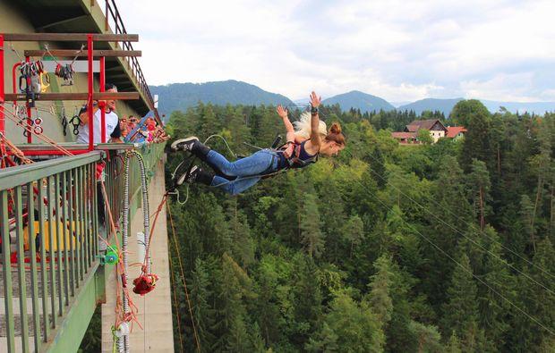 bungee-jumping-klaus-an-der-pyhrnbahn-oberoesterreich-bg3