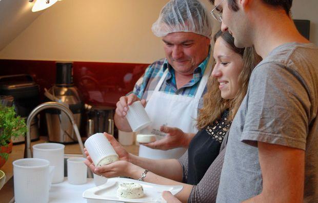kaeseseminar-wien-kurs-kaeseherstellung