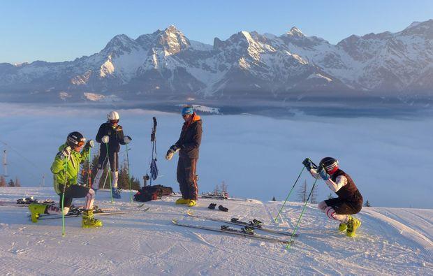 skifahren-saalfelden-aufwaermen
