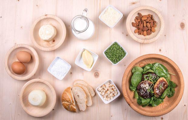 gourmetreise-steinhaus-im-ahrntal-fruehstueckstisch