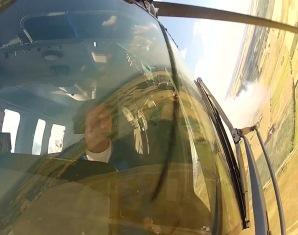 heli-fliegen-landschaft