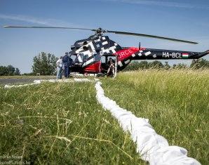 helikopter-fliegen-flug