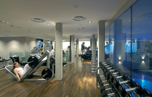 romantikwochenende-seefeld-fitnessraum