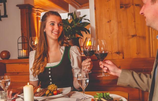 candle-light-dinner-fuer-zwei-bad-kleinkirchheim-essen
