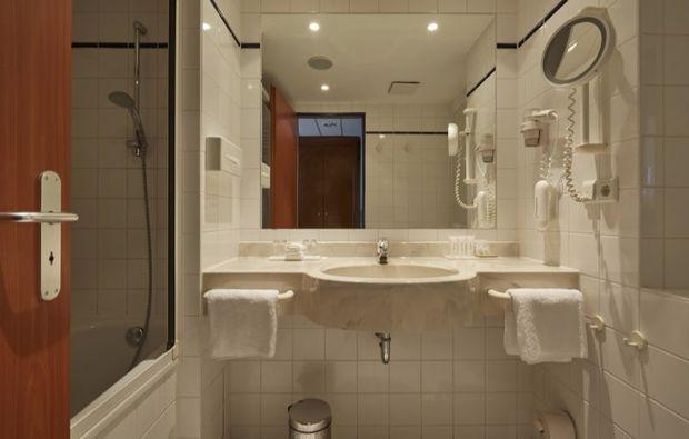 kulturreise-kassel-hotelbadezimmer