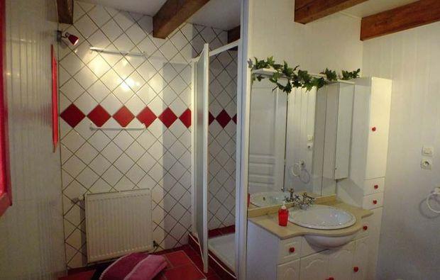 hotel-xertigny-dusche
