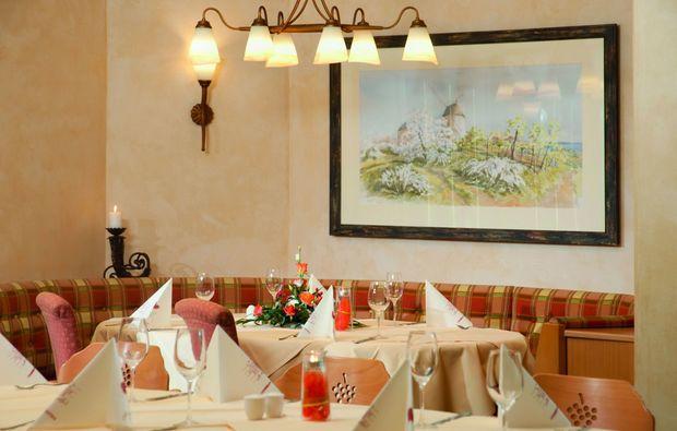candle-light-dinner-fuer-zwei-retz-romantisch