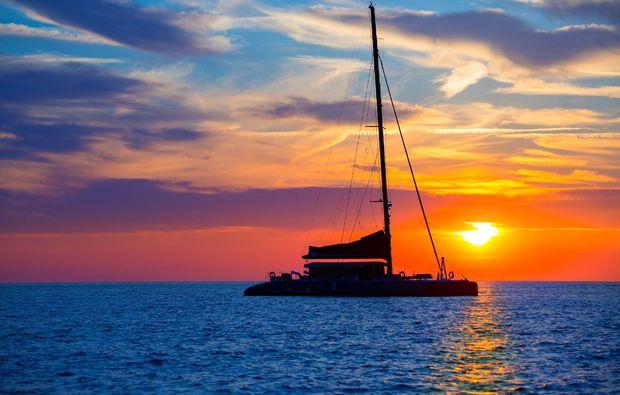 erlebnisreise-palma-de-mallorca-catamaran