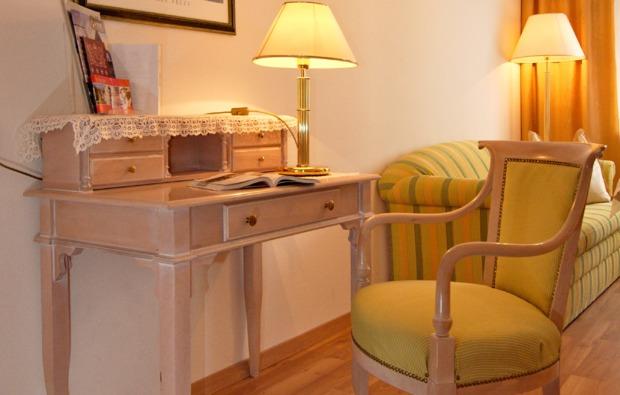 romantikwochenende-steyr-wohnzimmer