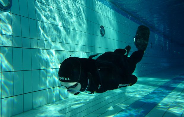 schnuppertauchen-freediving-apnoe-kempten-wasser
