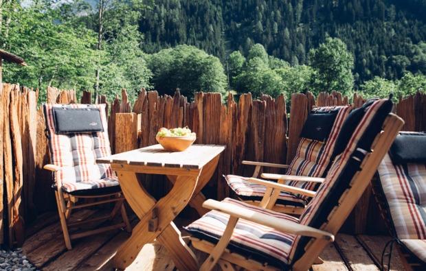 kurztrip-flattach-terrasse
