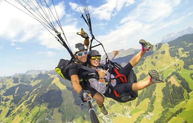 gleitschirm-tandemflug-maria-alm-action