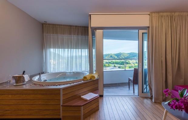 wellness-hotel-krapinske-toplice-whirlpool