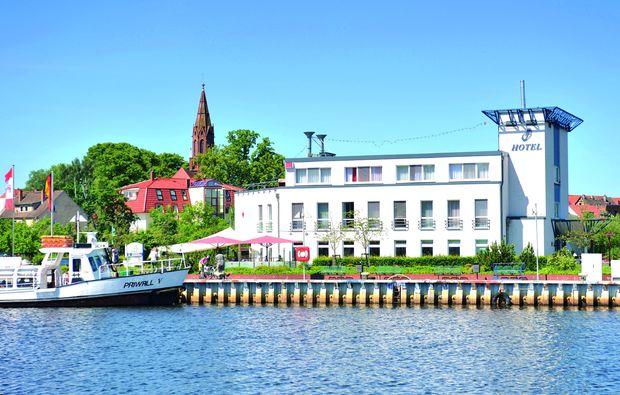 kurzurlaub-seebad-ueckermuende-hotel