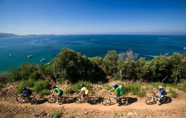 aussergewoehnlich-uebernachten-toskana-fahrradtour1513092058