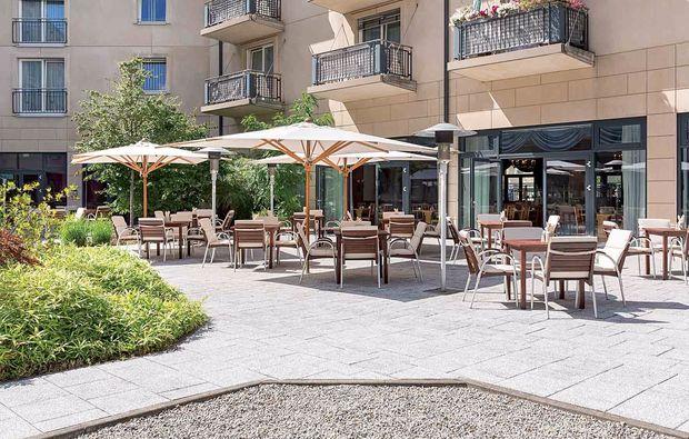 staedtereise-berlin-hotel-terrasse