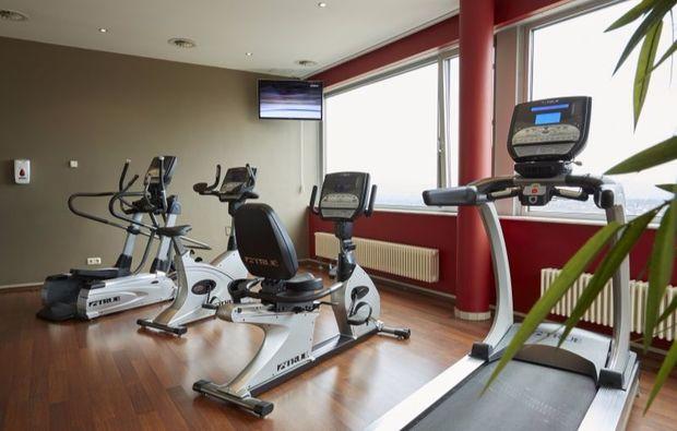 therme-kassel-fitnessraum