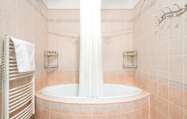 schlosshotel-trebotov-dorota-badezimmer