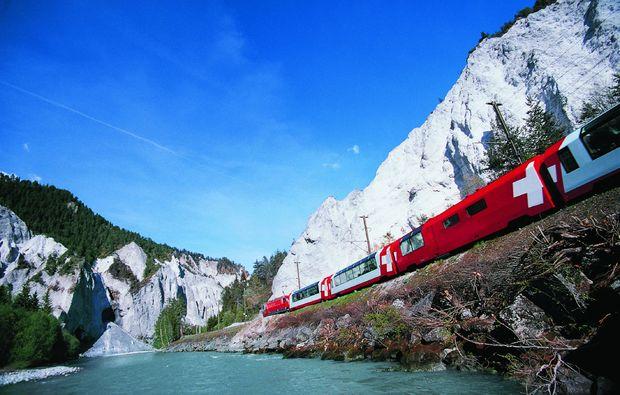 bahnreisen-davos-zug