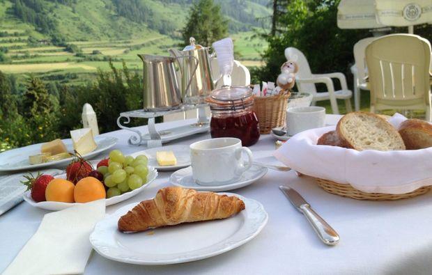 gourmetrestaurants-fuer-zwei-vulpera-fruehstueck
