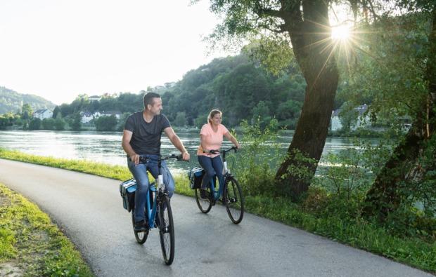 radreise-auf-dem-donau-radweg-fuer-2-6-tage-bg1