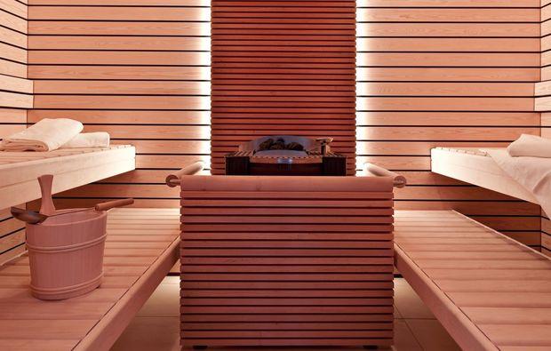 romantikwochenende-hotel-merlischachen